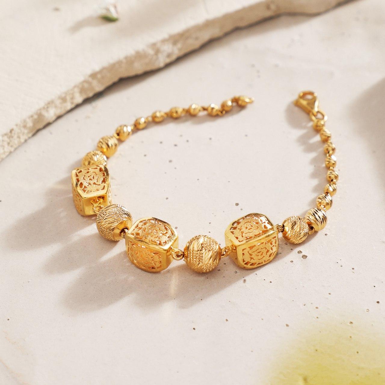Manubhai Gold Bracelet