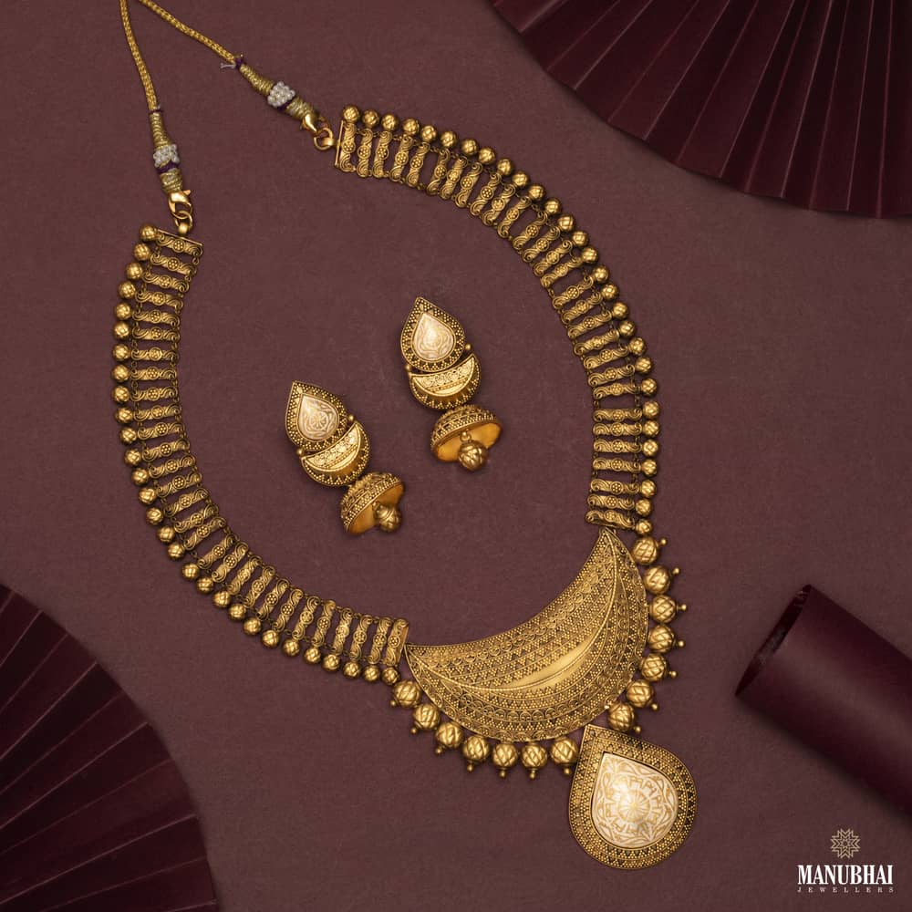 Manubhai Antique Gold Set