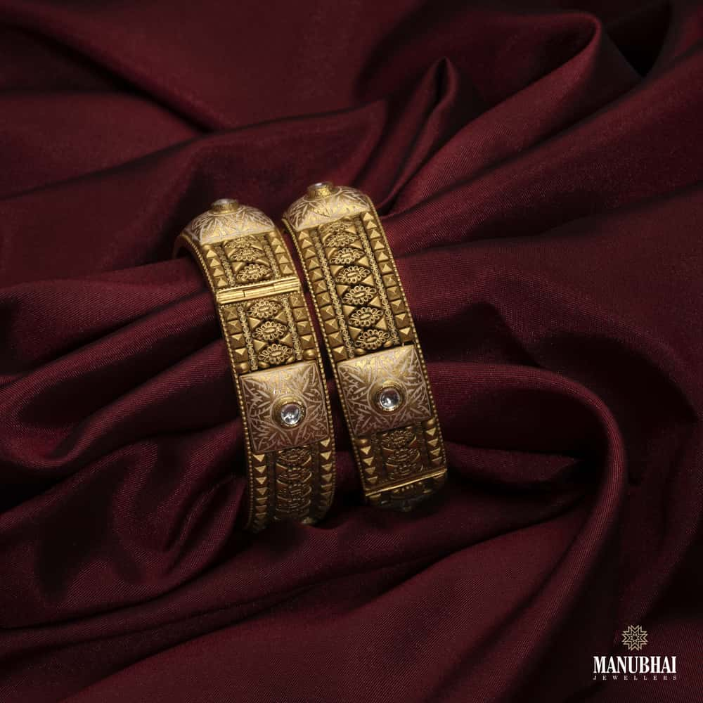 Manubhai Gold Bangle